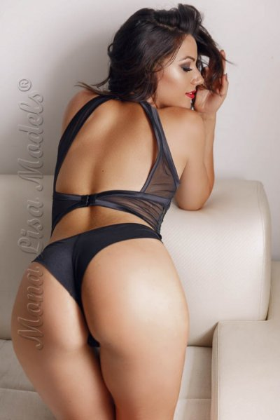Monica a very sexy Melbourne escort